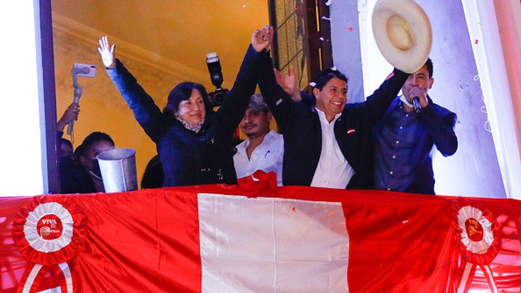 Perú: presenta su renuncia un segundo ministro de Castillo por vínculos terroristas