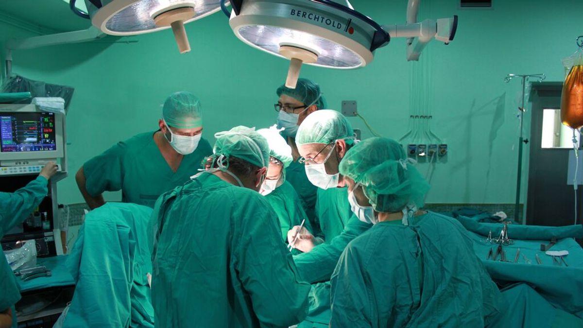 Las muertes indirectas de la primera ola de la pandemia: los trasplantes de órganos se redujeron en un tercio en todo el mundo