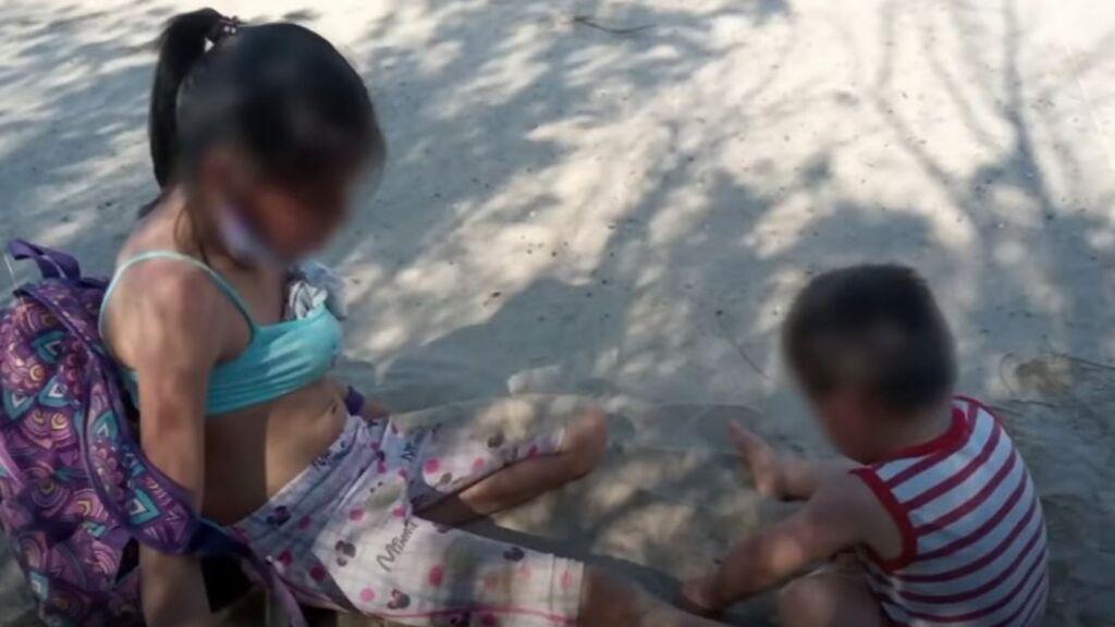 La llamada desesperada de una mujer antes de morir abandonada en el desierto con sus dos hijos