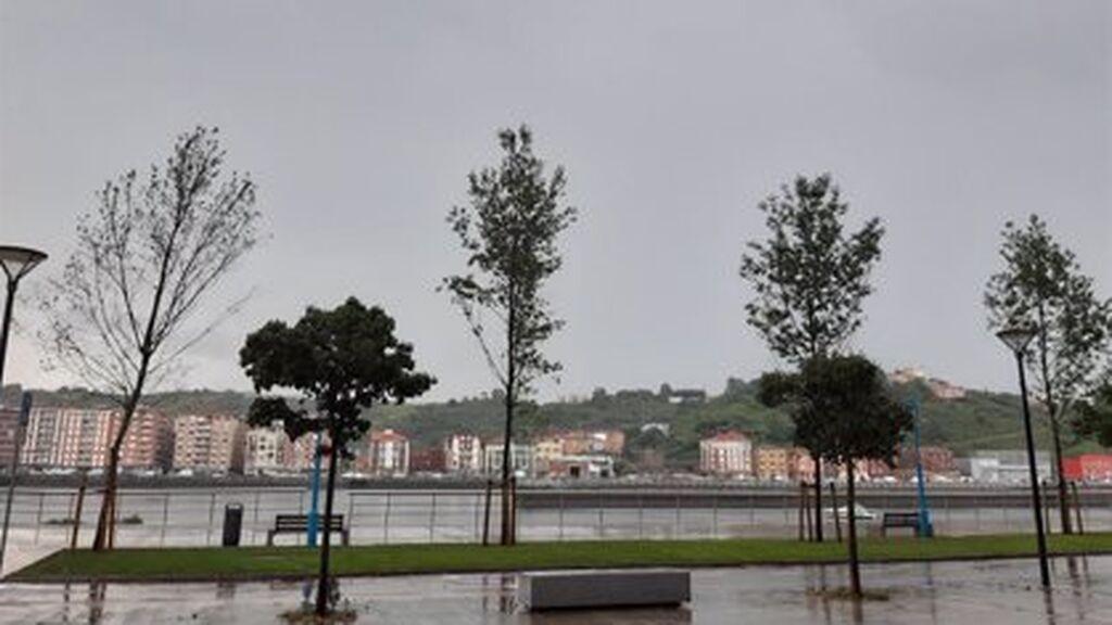 Aviso amarillo este miércoles para Almería, Granada y Jaén por tormentas y precipitaciones