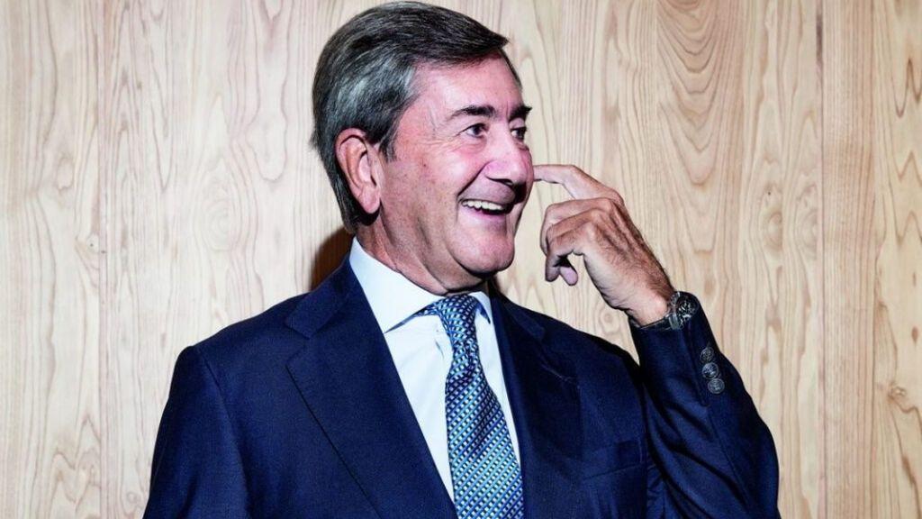 Alfonso Cortina, los abrazos póstumos