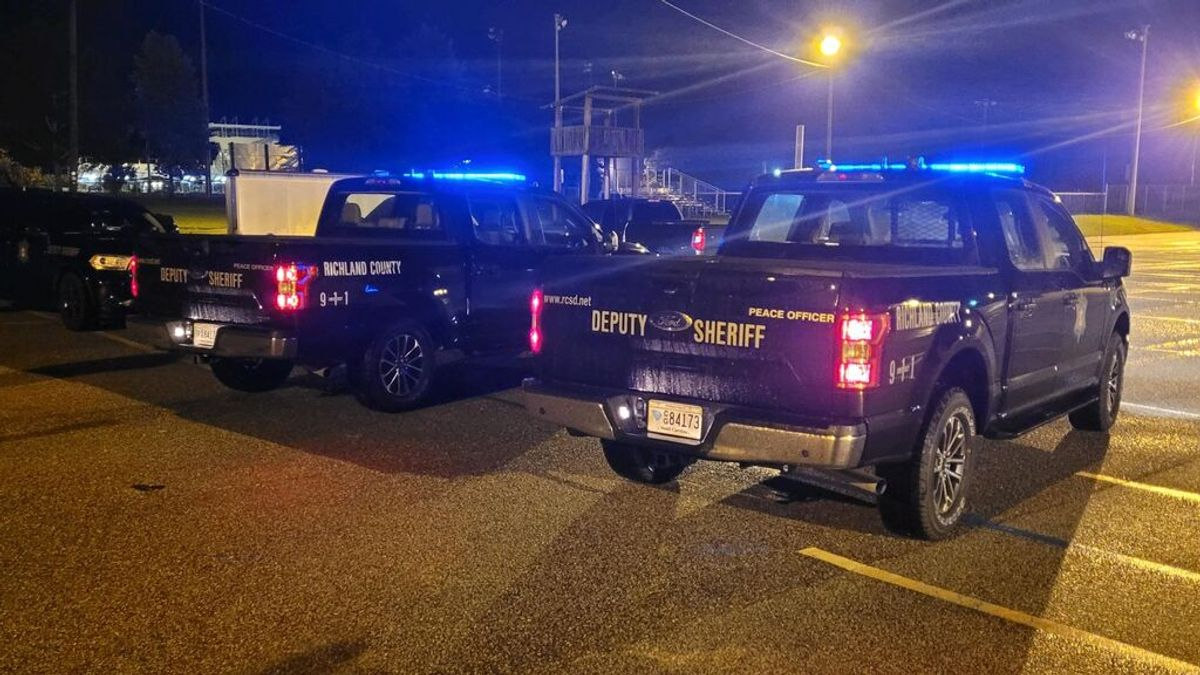 Encuentran muertos a dos bebés gemelos en el interior de un coche a las puertas de una escuela infantil