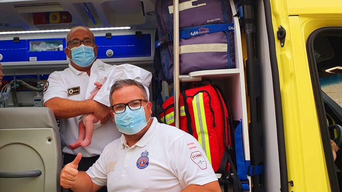 Dos sanitarios de Murcia salvan la vida de un bebé de 14 días que se ahogaba con sus mocos