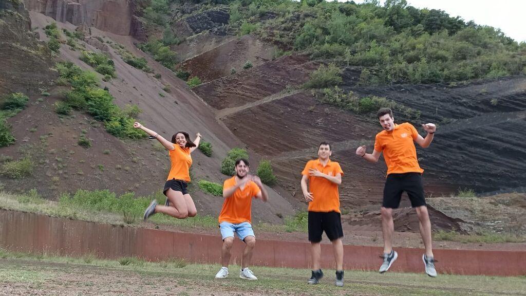 Los cuatro Olímpicos en el volcán del Croscat, en la zona volcánica de La Garrotxa