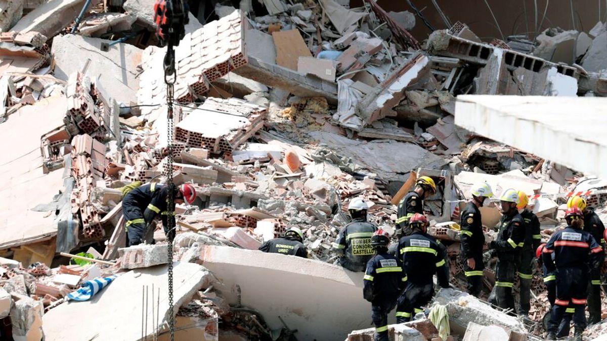 Exigen el router a un afectado por el derrumbe de Peñíscola después de haber perdido a su mujer y a su hijo