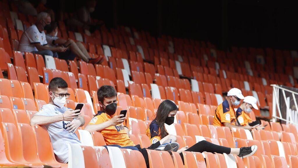 Sanidad vuelve a ampliar el aforo de los estadios: 60% para fútbol y 40% baloncesto