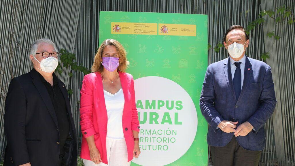 """Los rectores universitarios piden """"presencialidad total cuanto antes"""" y Castells apuesta por """"presencialidad adaptada"""""""