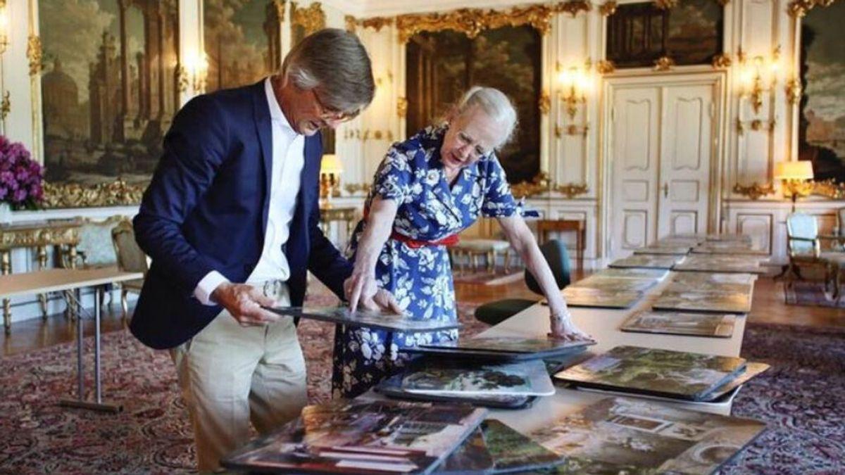 La reina Margarita de Dinamarca, escenógrafa y diseñadora de vestuario para una película de Netflix