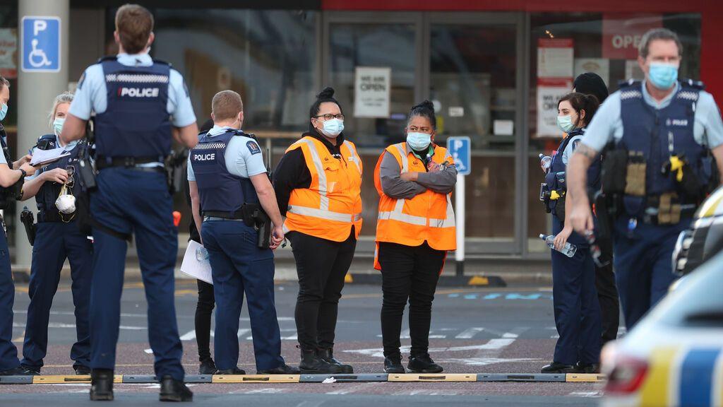 Abatido un supuesto terrorista que hirió a varias personas en un supermercado de Nueva Zelanda
