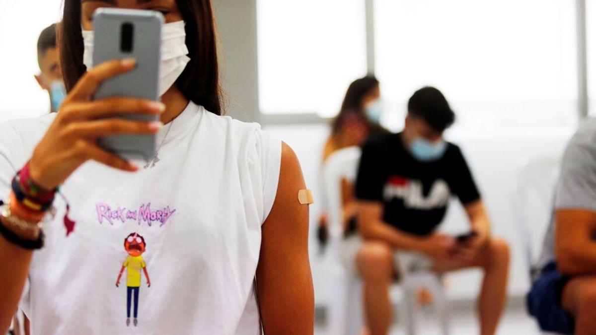España se acerca al 50% de adolescentes vacunados con pauta completa