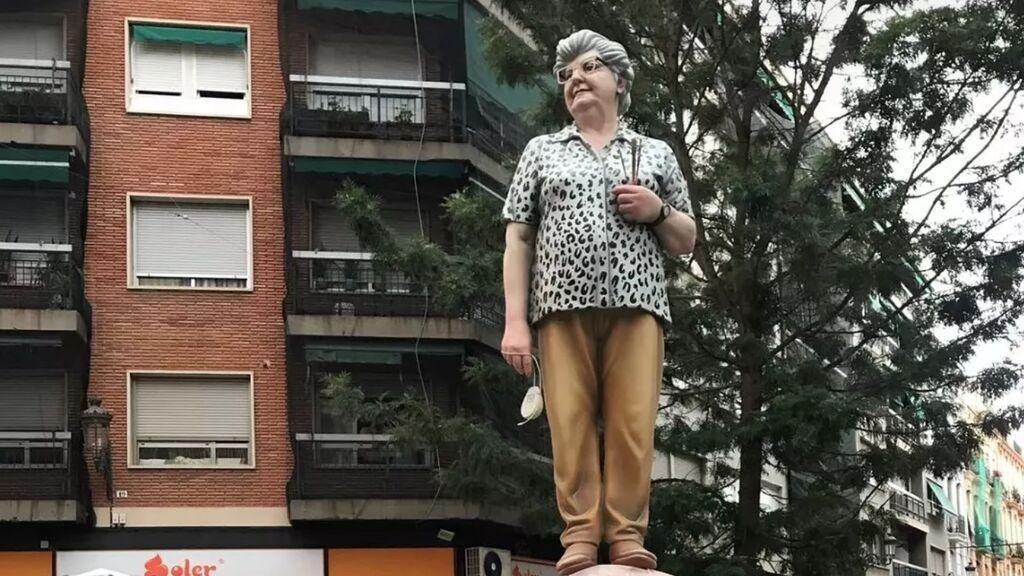 De conquistar las redes con Paint a su propio ninot: Cocha García Zaera, la valenciana de 91 años que ha trabajado para Disney
