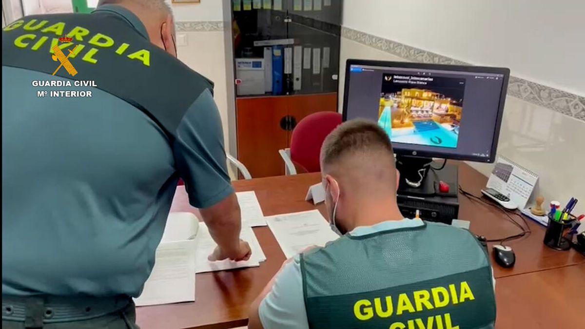Desmantelan una red que ha estafado a 60 personas con falsos alquileres vacacionales en Canarias