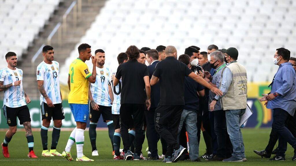 Suspenden el partido Brasil-Argentina después de que cuatro jugadores argentinos hayan incumplido el protocolo de coronavirus