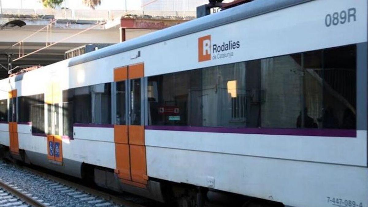 Descarrila un tren de Cercanías (Rodalies) entre Gavà y El Prat de Llobregat (Barcelona)