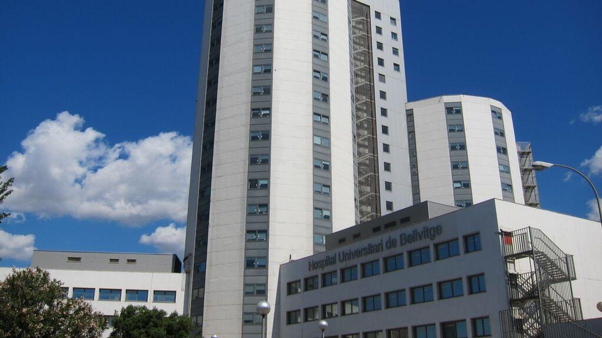 El Hospital Universitari de Bellvitge vuelve a permitir la entrada de un acompañante en aéreas libres de covid