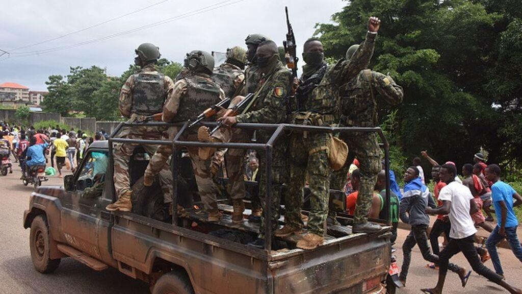 Golpe de Estado en Guinea: Los militares detienen al presidente y disuelven las instituciones