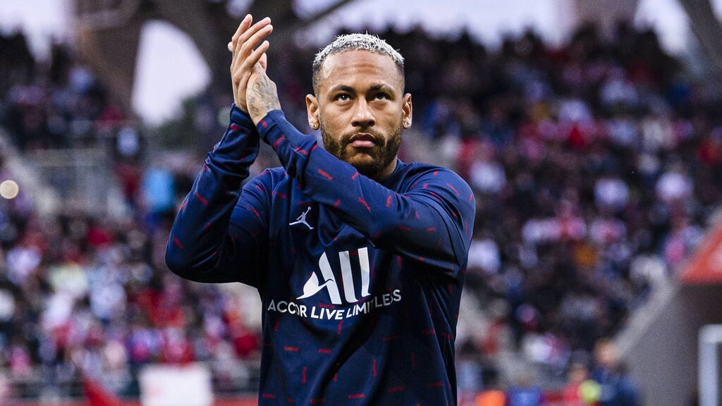 Neymar tiene firmado un contrato con el PSG hasta 2025.