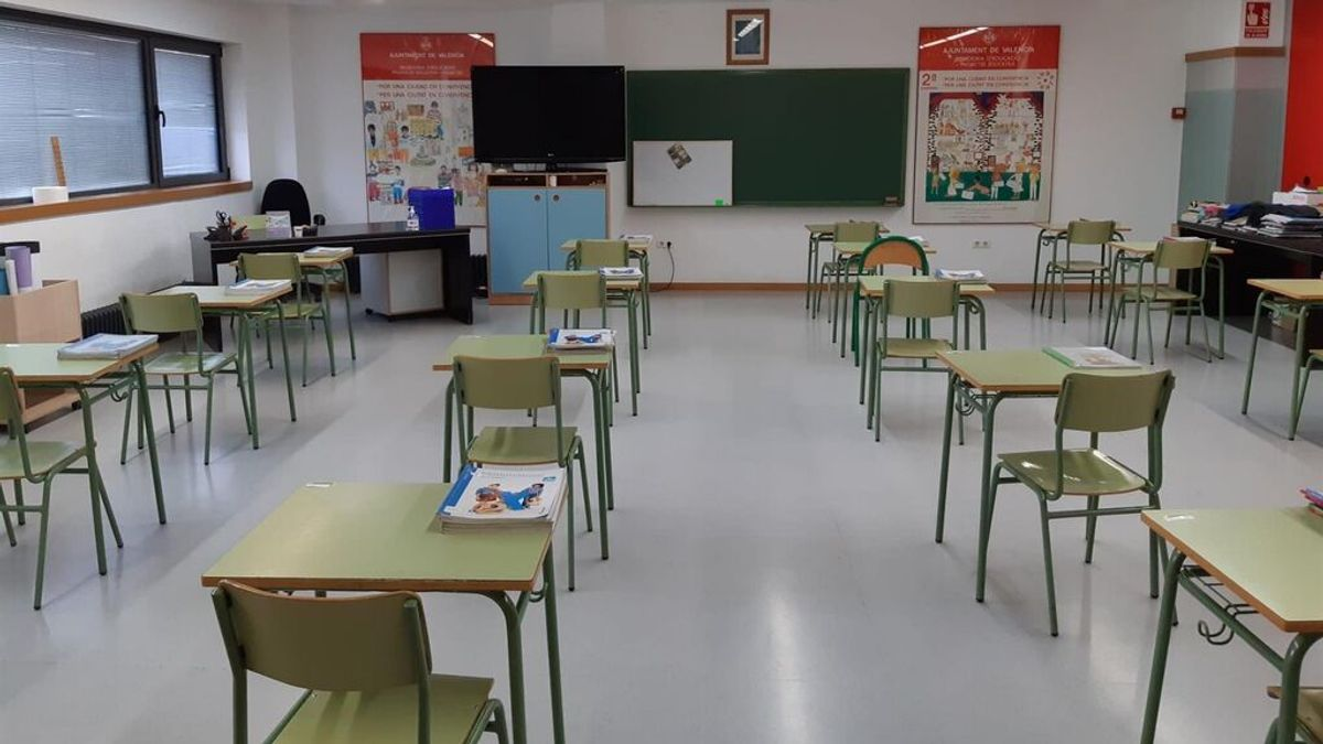 """Claves del curso 2021-22 en la Comunidad Valenciana: más docentes, menos alumnos y """"acompañamiento emocional"""""""