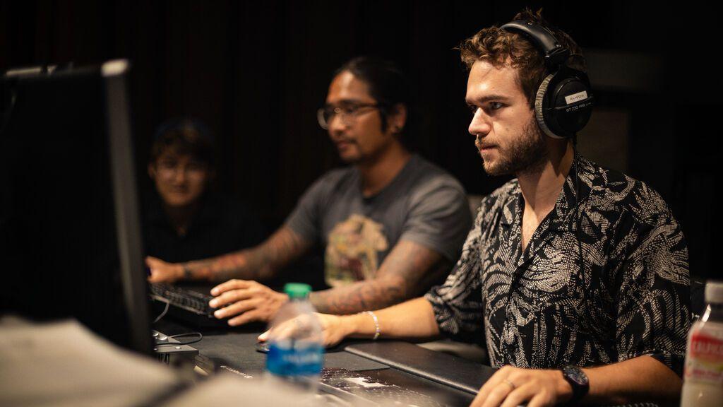 Zedd, durante el proceso de diseño de Spectrum