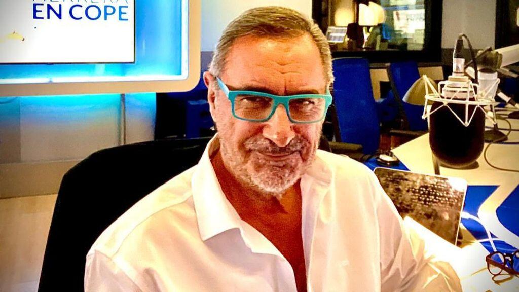 Carlos Herrera, en el estudio de la cadena COPE