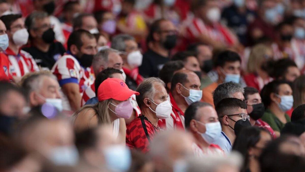 España baja la incidencia a 150 y deja el riesgo alto por primera vez desde el 1 de julio