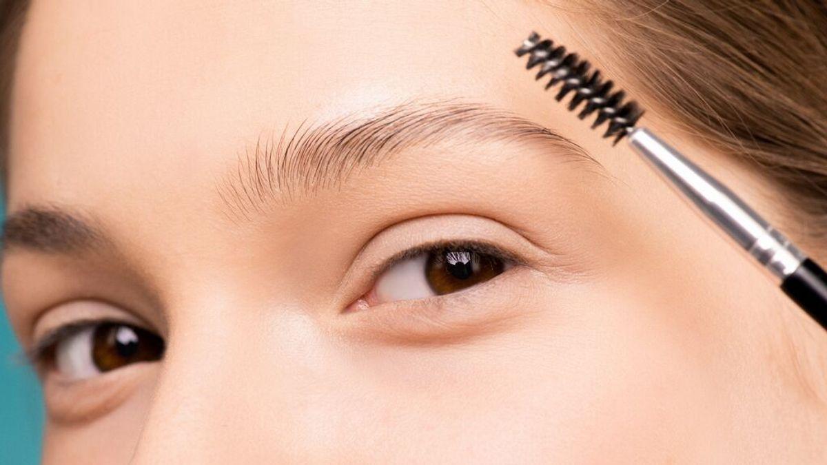 Trucos de belleza para cejas despobladas: tratamientos y productos