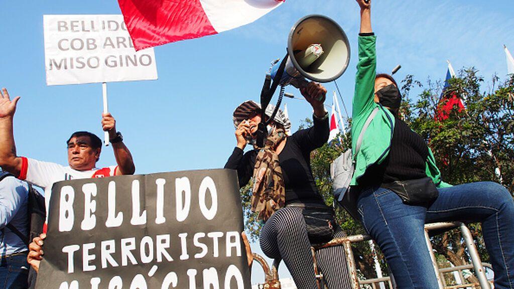 Polémica en Perú: el fundador del brazo político de Sendero Luminoso visita el Palacio Presidencial