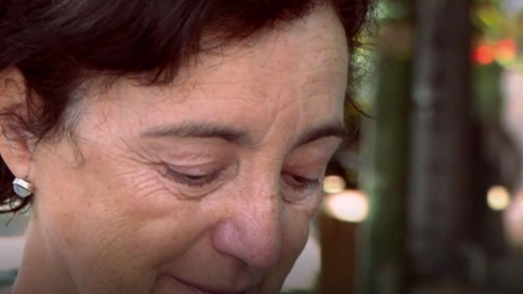 Las lágrimas de Cristina, la madre de Juan Alberto, muerto en el atentado del Bataclán