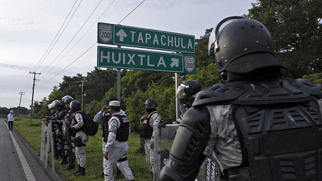 "México expulsa ""de manera masiva"" a solicitantes de asilo a Guatemala, según HRW"