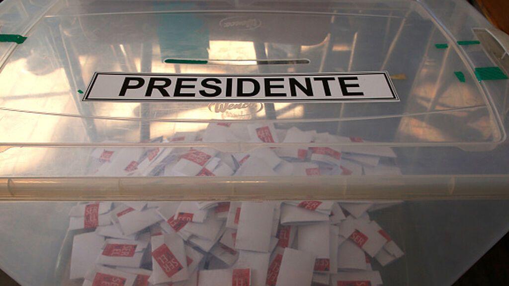 El Senado de Chile vota a favor restablecer el voto obligatorio
