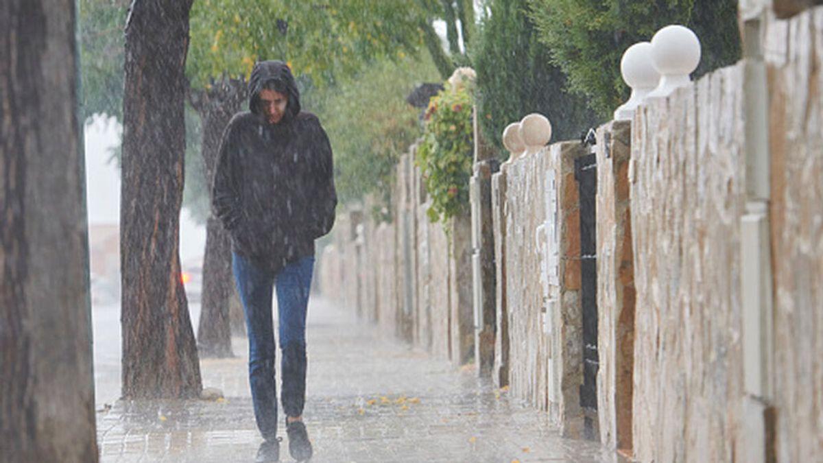 La última semana del verano llega a España con fuertes tormentas y un desplome de las temperaturas