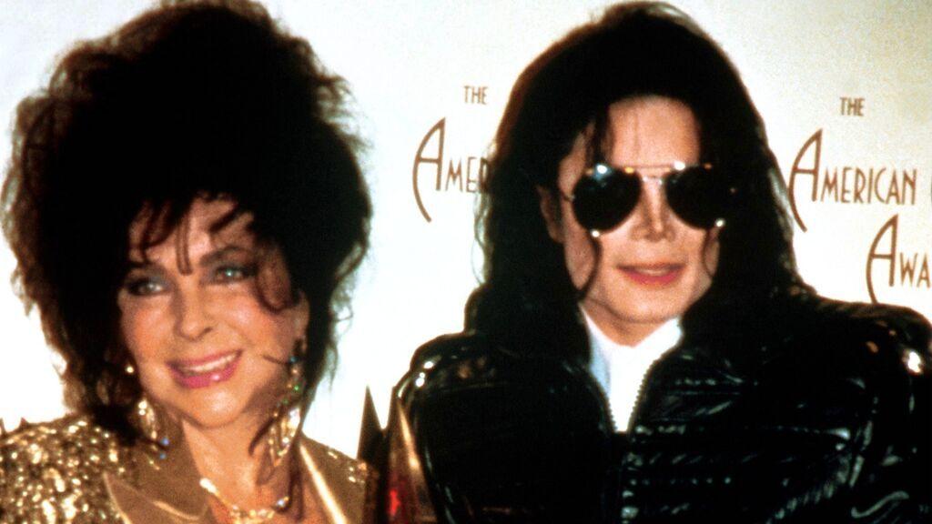 ¿Huyeron de Nueva York en coche juntos Michael Jackson, Liz Taylor y Marlon Brando tras los atentados del 11S?