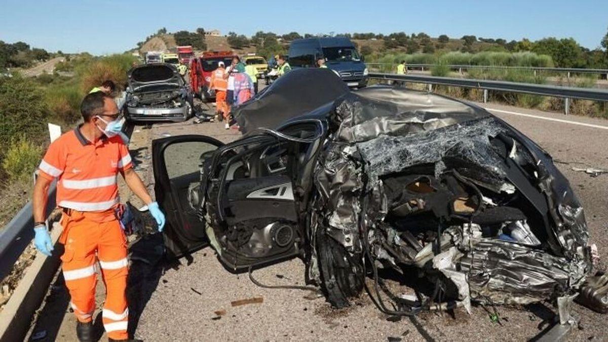 Muere arrollado por un camión al bajarse del coche por un pinchazo en la autovía A-62 en Salamanca