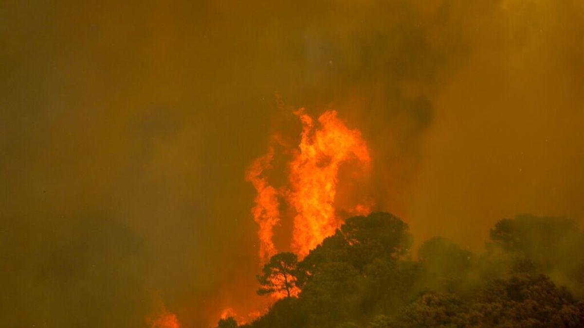 Ordenan el confinamiento de la población de Genalguacil y Jubrique por el incendio de Sierra Bermeja