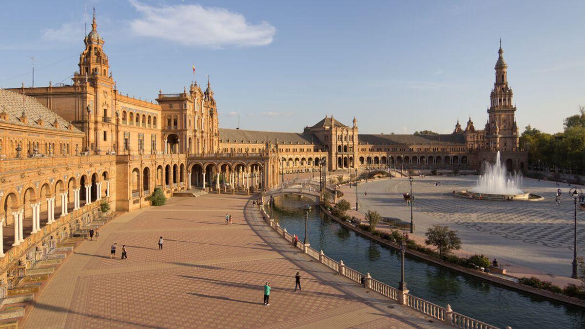 Diez plazas más bonitas de España