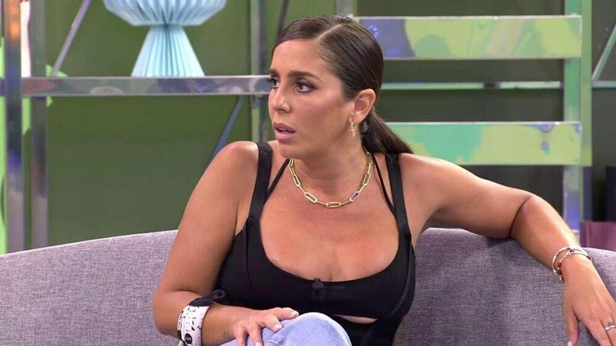 """Anabel Pantoja estalla contra Magdalena, la mujer que sacó las fotos de su padre en la playa: """"Eres una basura"""""""
