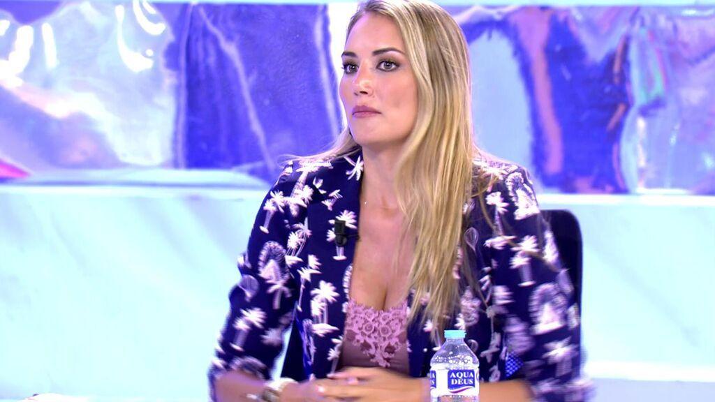 """Alba Carrillo, muy dura con Cynthia Martínez: """"Alguien que tuvo de representante a Antonio David no me da buena espina"""""""