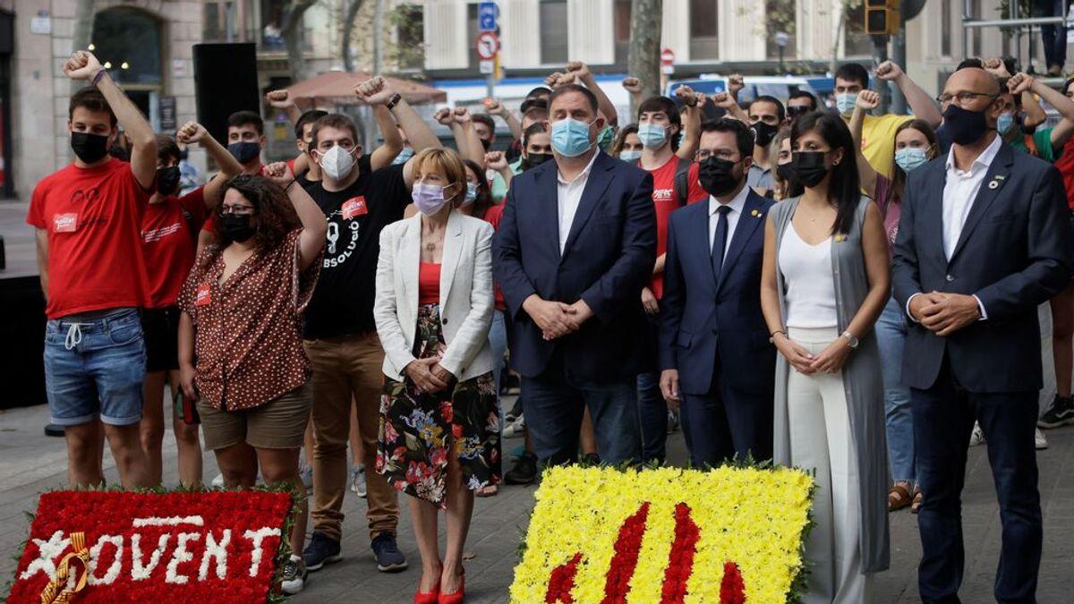 Oriol Junqueras, abucheado por independentistas en la ofrenda floral de la Diada en Barcelona