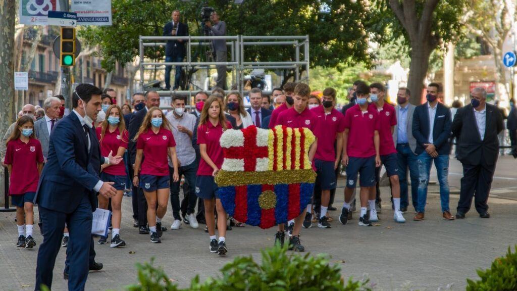 Ofrenda del FC Barcelona ante el momento de Rafael Casanova en Barcelona por la Diada.