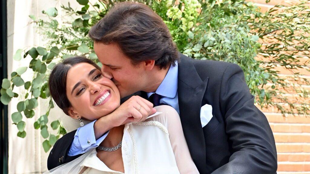 Lucía Martín Alcalde se casa con un original vestido camisero de su propia firma