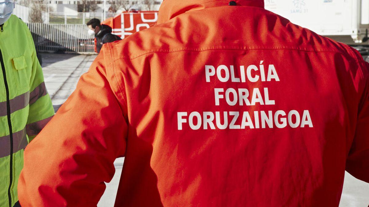 Sancionado un hombre en Navarra por conducir viendo una película porno y dar positivo en tres drogas