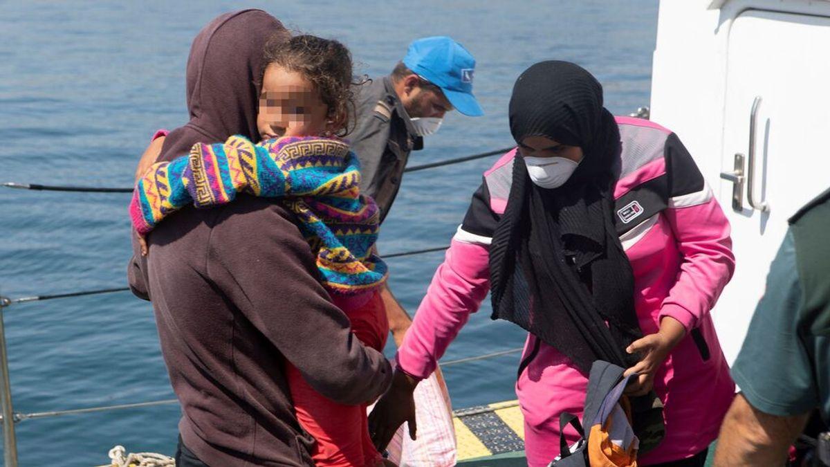 El goteo de migrantes sigue y llegan 170 a la península y Baleares