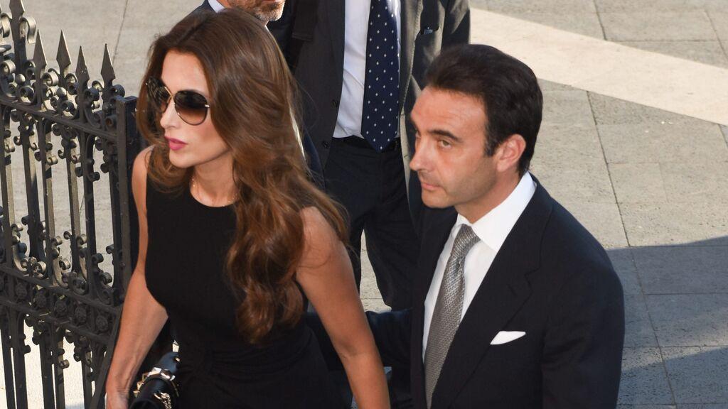 Paloma Cuevas y Enrique Ponce, juntos de nuevo en la comunión de su hija Bianca