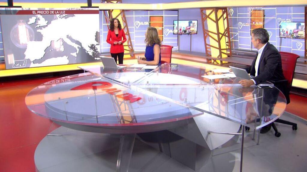 Beatriz Benayas analiza en 'Cuatro al día' la factura de la luz en el domingo más caro de toda la historia
