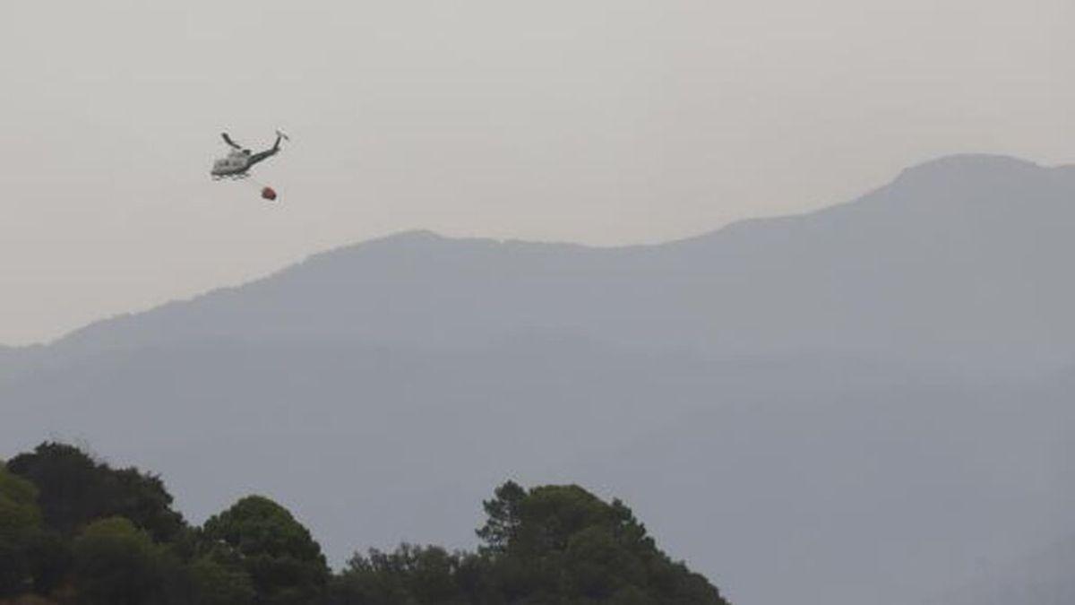 Un helicóptero del Plan Infoca sufre un accidente durante los trabajos de extinción en Sierra Bermeja
