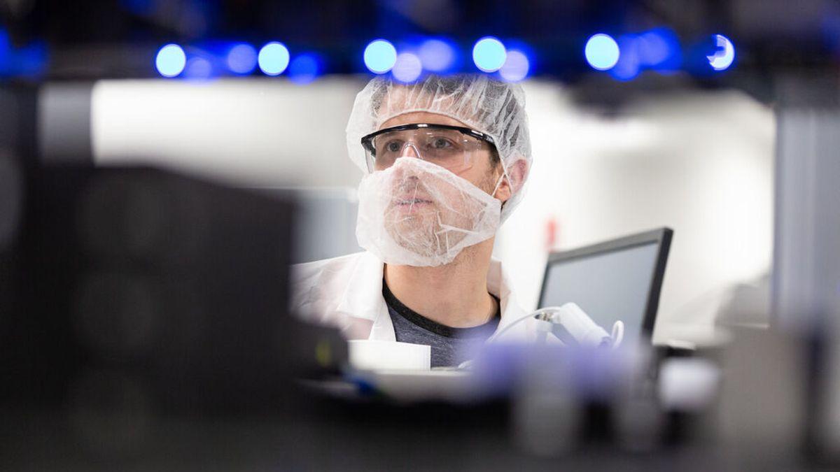 Moderna trabaja en la vacuna total contra tres virus respiratorios: covid19, gripe y RSV