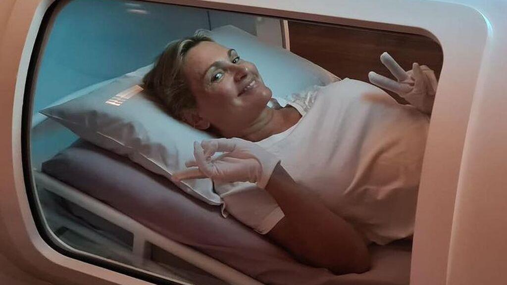 Ainhoa Arteta, con varios dedos de la mano amputados tras sufrir un infarto
