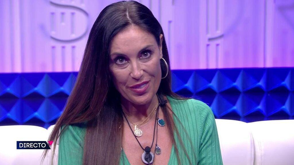 Isabel Rábago acciona el pulsador