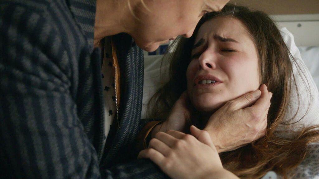 Lo primero, no hacer daño Nina, una enfermera diferente Temporada 4 Episodio 32