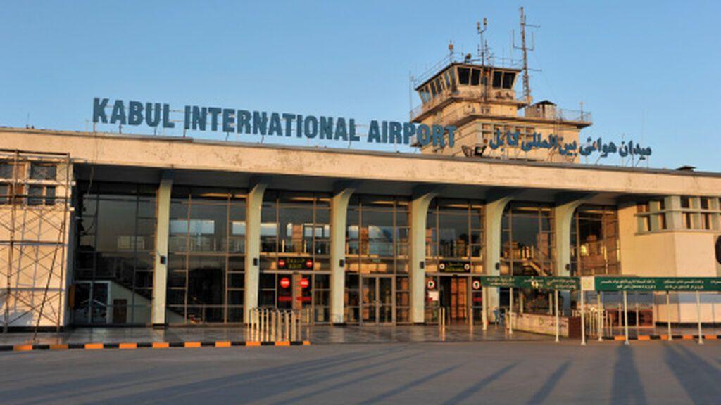 Afganistán: aterriza el primer vuelo comercial internacional tras la toma talibán de Kabul